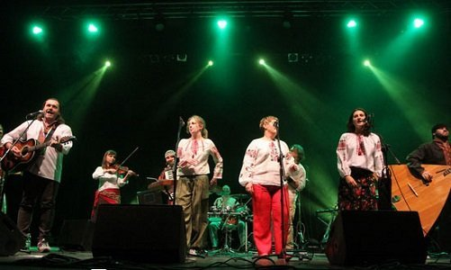 Тодар с группой Черемшина
