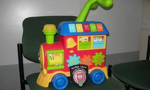 игрушка с контрабандой сигарет
