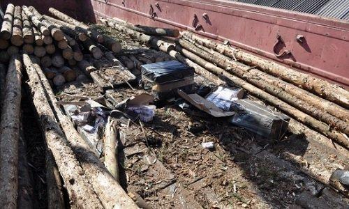Сигареты спрятаны в поезде