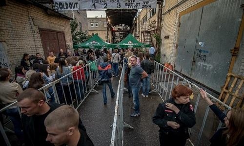 Вход на концерт бывшая фабрика в Вильнюсе