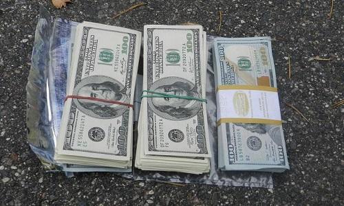 Стопка валюты