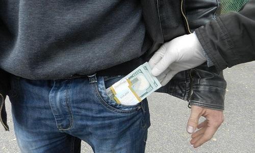 Доллары в кармане