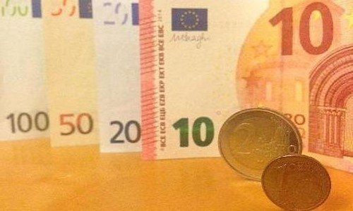 Евро монеты и валюта вместе
