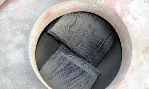 Контрабанда внутри вагона с цементом