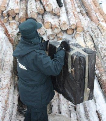 Контрабанда в поезде с деревом в Тересполе