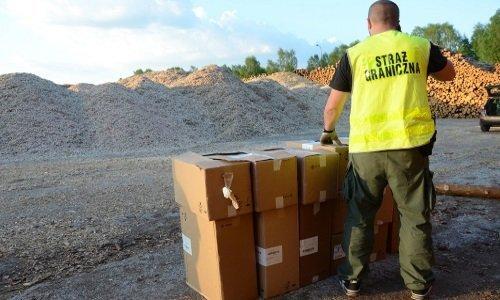 Сигареты польская таможня нашла в вагонах с опилками