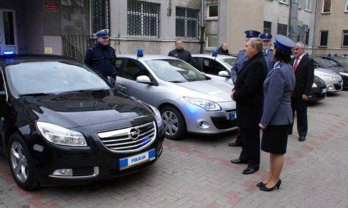 Полицейский Opel Insignia