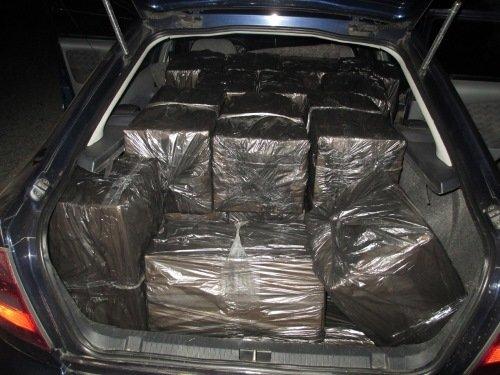 Машина с коробками белорусских сигарет задержана на границе в Литве
