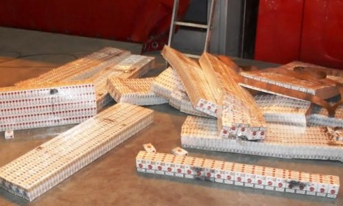 Блоки белорусских контрабандных сигарет в Корощине
