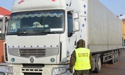 Задержанная фура на границе с ЕС из-за Интерпола России