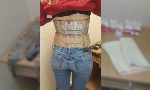 Сигареты на теле девушки в Шумкасе