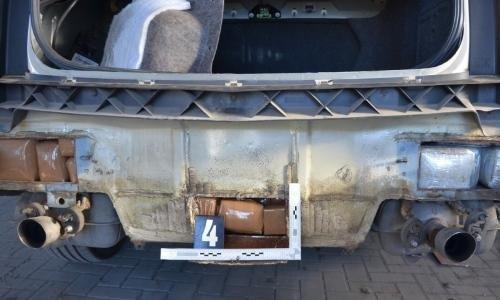 гашиш спрятали в конструкции машины