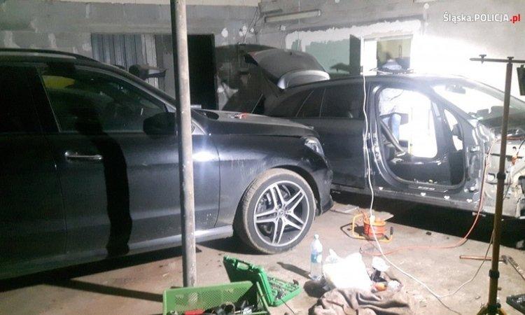 в гаражах в польше задержали белорусов на разборке угнанных авто