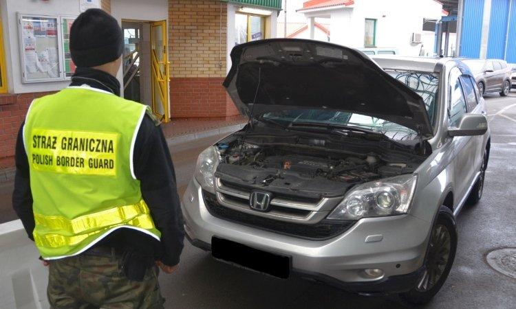 Хонда с перебитым VIN на границе в Беборовниках