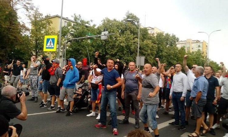 противники гей парада