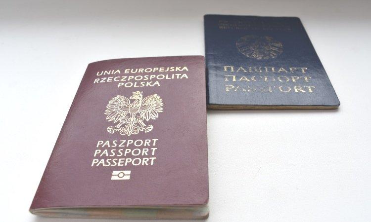Польский и белорусский паспорт
