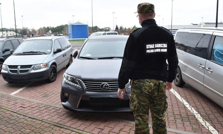 Лексус изъят на границе по запросу Интерпола