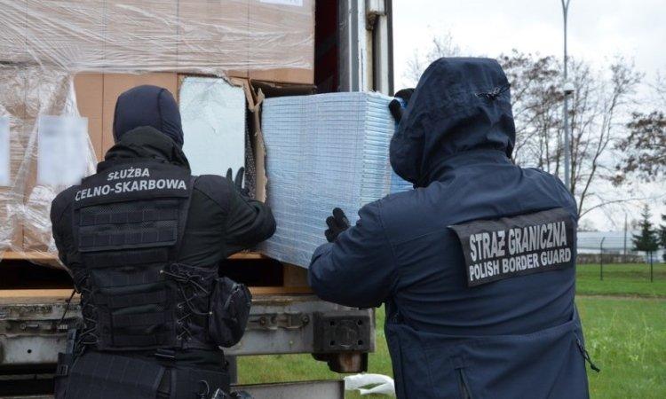 Исторический размер контрабанды нашли таможня и пограничники Белостока
